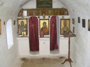Unutrašnjost crkve Agios Joanis Antzusis