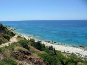 Plaža Skala Jalu ispod sela