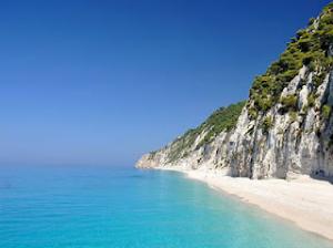 Manje razvijeni deo plaže, omiljen među free kamperima