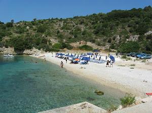 Kefalonija-plaža-Agia-Jerusalim