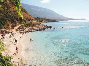 Kefalonija-plaža-Agios-Tomas
