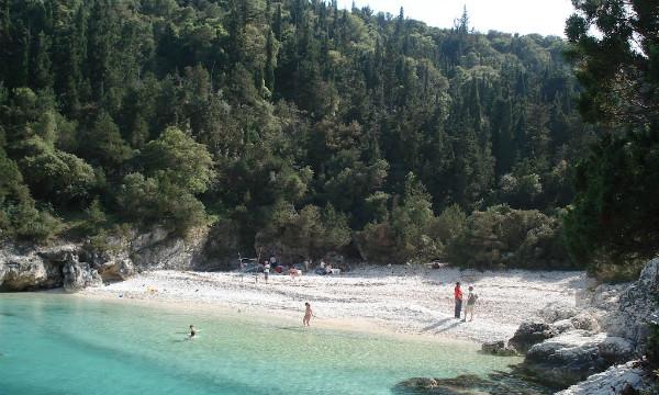 Kefalonijia-plaža-Dafnudi