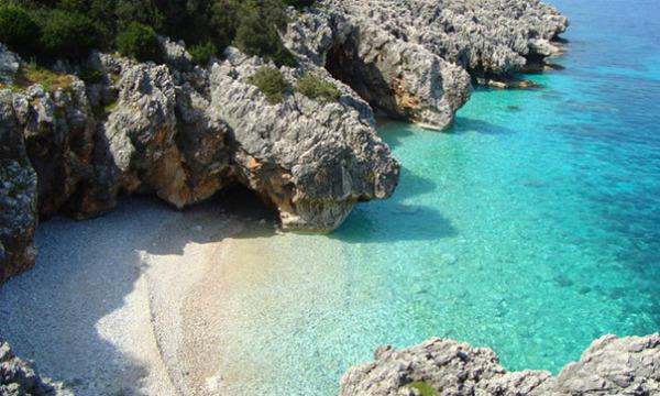 Kefalonija-plaža-Kako-Lagadi
