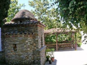 Skiatos-Manastir-Ikonistria-Kunistra