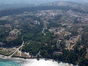 Pogled na novi i stari deo naselja