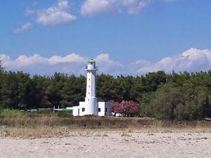 halkidiki-kasandra-zapadna-obala-posidi-svetionik