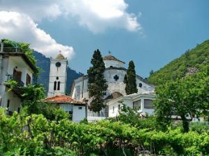 Selo je nazvano po crkvi Panagia