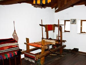 Muzej se nalazi u staroj dvospratnoj kući u kojoj je nekada živeo gradonačelnik Hatzigeorgiu