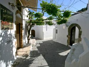 Lindos je uz grad Rodos najlepše mesto na ostrvu