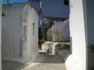 Uske ulice su jedno od obeležja ovog živahnog sela