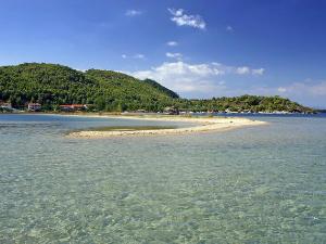 Glavna karakteristika plaže je plitko more