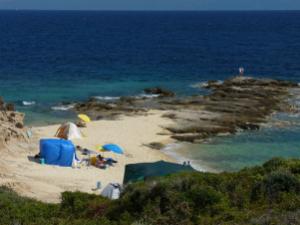 Plaža Prasu, odlično mesto za ljubitelje free campinga