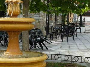 Fontana u centru sela