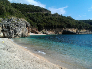 Mega Drafi, jedna od brojnih odličnih plaža između Sivote i Parge