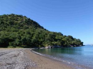 Izolovana plaža Strovili